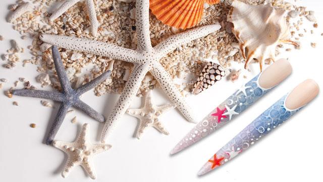 <i><a href='/magazin/?c=5593'><h3>Na dovolenou k moři s letním Nail Artem</h3><p>Léto je v plném proudu a mnozí balí kufry na dovolenou k moři. Nezapomeňte na své nehty a dopřejte jim dovolenkový Nail Art, tentokrát inspirovaný mořskými hvězdicemi.</p></a></i>